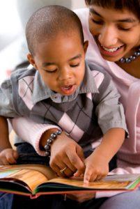 iStock_000002617208XSmall mom-boy reading