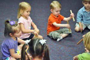 KindermusikClass_RhythmSticks_TeachChildrenImportantSkills