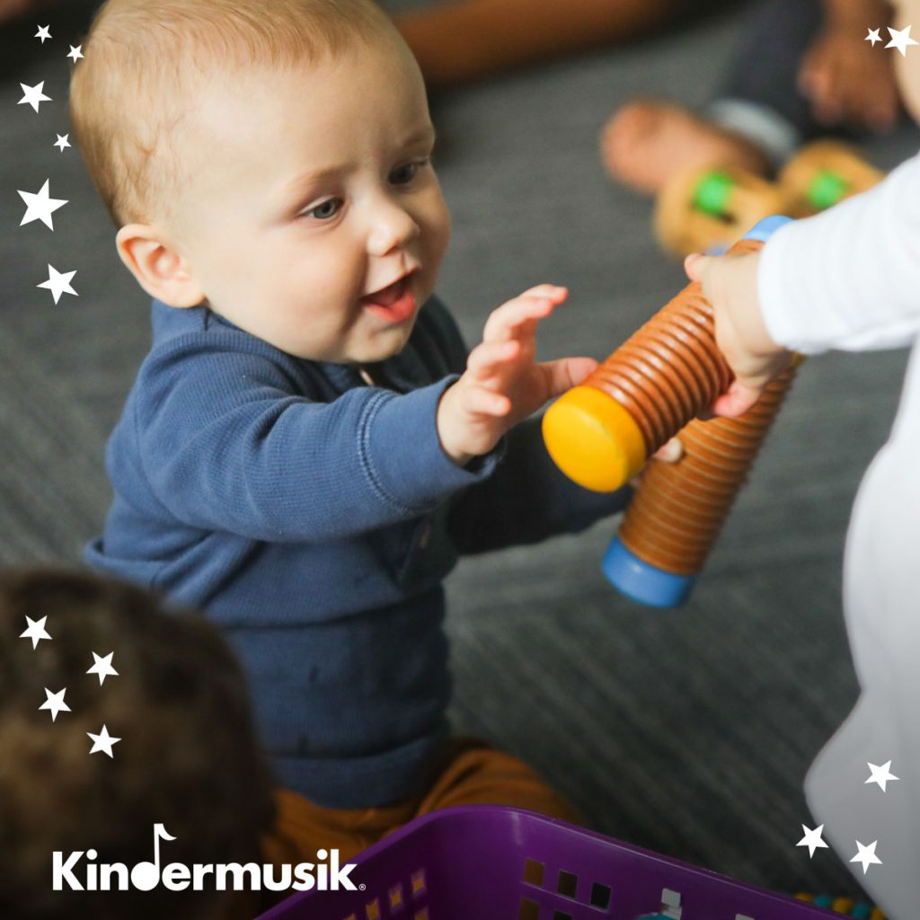 Kindermusik - Simple toys for kids